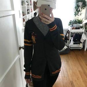 Gryffindor cardigan and tie